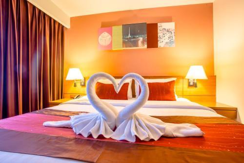 Nouvo City Hotel photo 56
