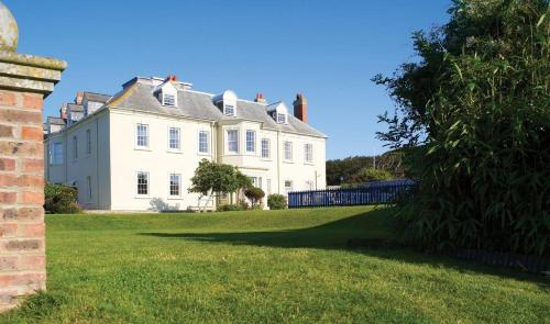 Moonfleet Manor - Weymouth