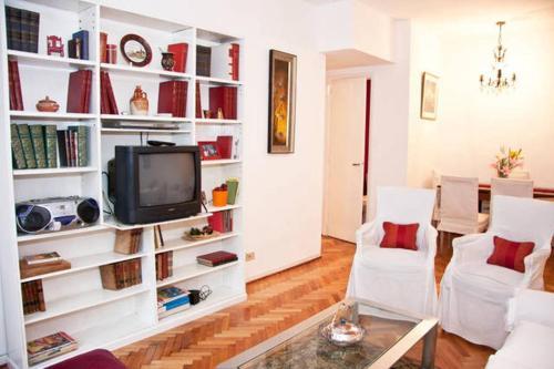 Hotel Mena House en Recoleta 3 Bed 2 Bath - Piso Alto