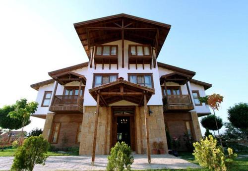 Burhaniye Daidalos Hotel adres