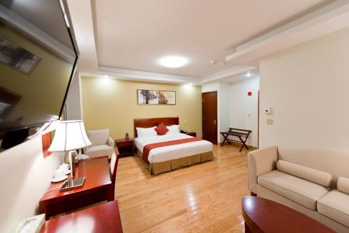 Asiatic Hotel - Flushing - image 13