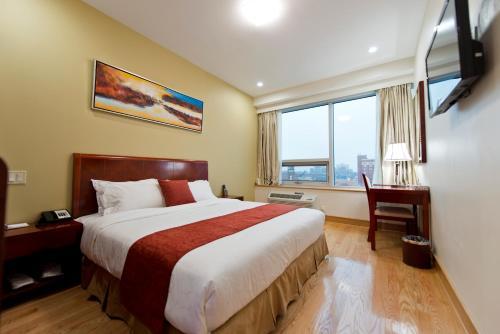 Asiatic Hotel - Flushing - image 6