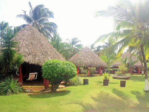 . Paraiso Beach Hotel