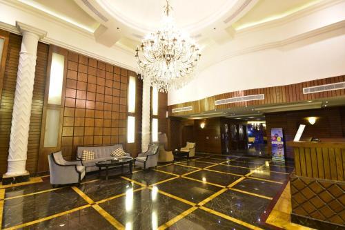 . Valencia Hotel Suites