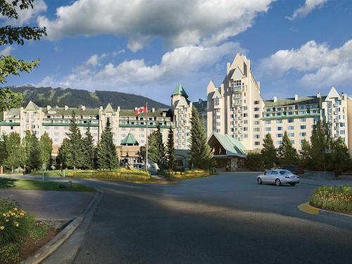 4599 Chateau Boulevard, Whistler, BC V0N 1B4, Canada.