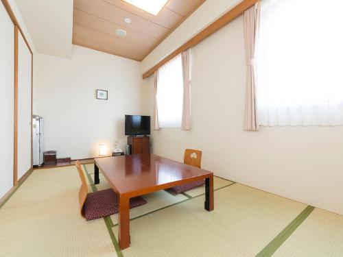 Japanese-Style Quadruple Room - Non-Smoking