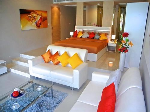 The Ark Karon 1 bedroom Apartment Pool Level Phuket