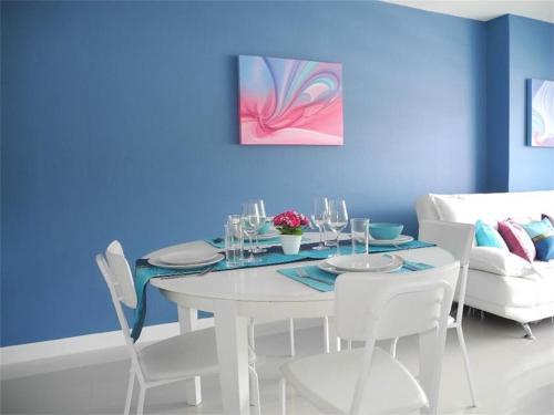 Patong Tower 2 Bedrooms Apartment Patong Tower 2 Bedrooms Apartment