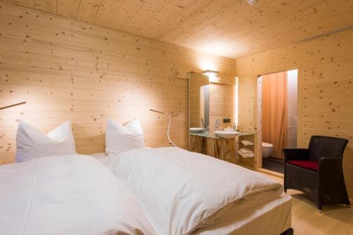 . Sleepwood Hotel