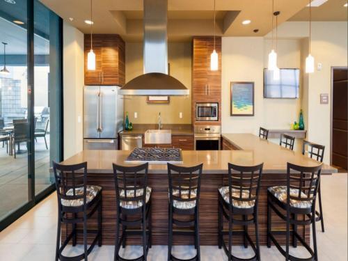Global Luxury Suites At Figueroa Street - Los Angeles, CA 90015