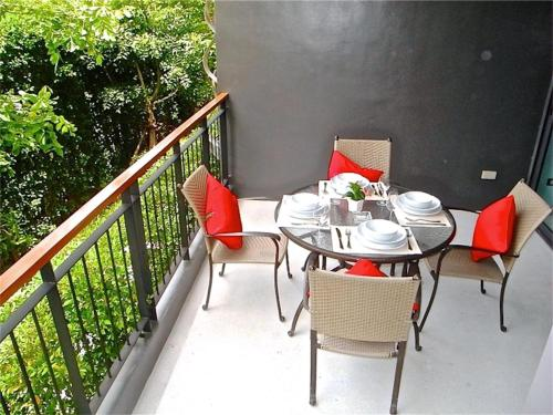 Emerald Patong 1 bedroom Modern Apartment # 109 Emerald Patong 1 bedroom Modern Apartment # 109