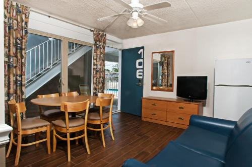 Harbor Light Family Resort - North Wildwood, NJ 08260