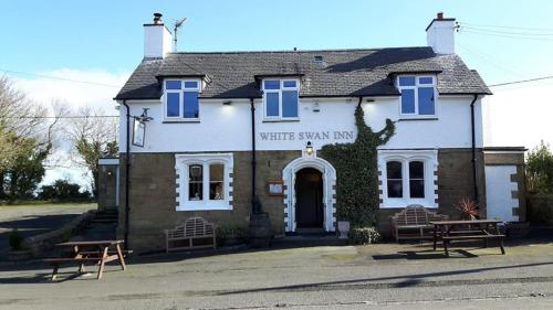__{offers.Best_flights}__ White Swan Inn
