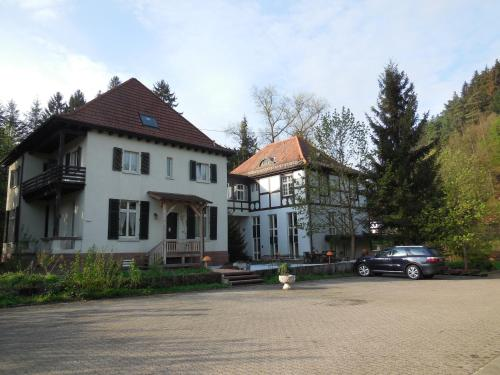 . Villa Romantica