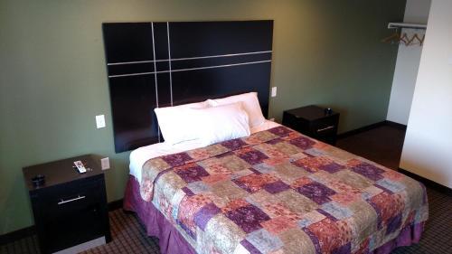 Gene's Motel - Cinnaminson, NJ 08077
