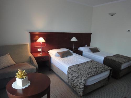 Hotel Cateski Dvorec фото номерів