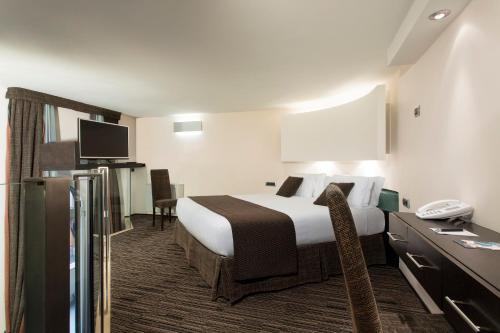 Best Western Plus Hotel Universo - image 9