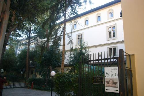 Viale dei Mille, 11, 50131 Firenze, Italy.