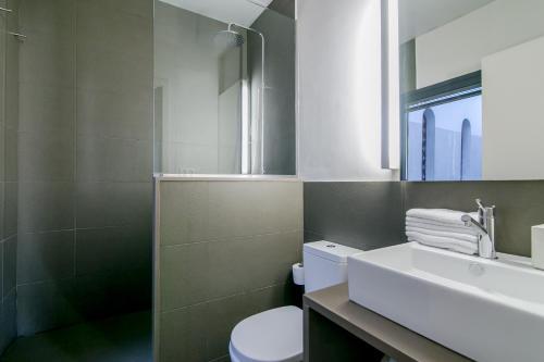 Decô Apartments Barcelona-Diagonal photo 33