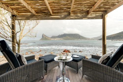 Chapmans Peak Drive, Cape Town, South Africa.