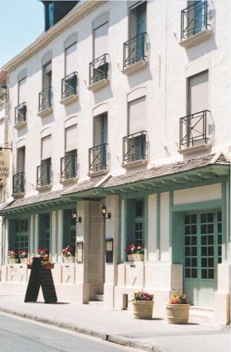. Les Hôtes de Cézanne