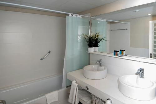 Serennia Exclusive Rooms photo 56