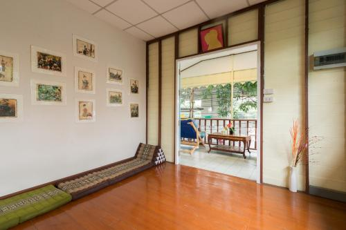 NTY Hostel Near Suvarnabhumi Airport photo 21
