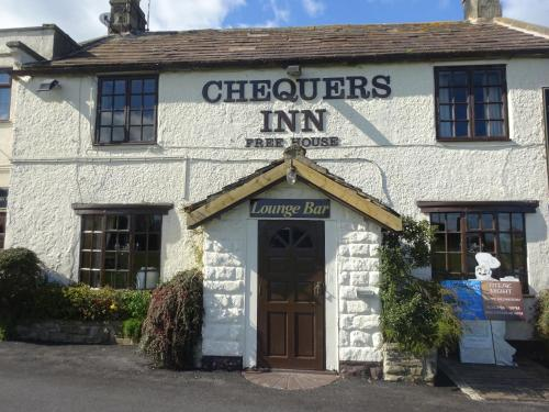 Chequers Inn picture 1 of 48