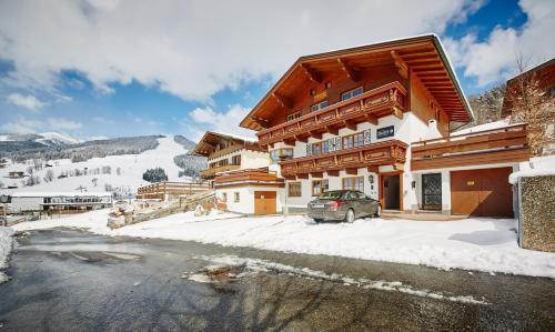 . Delfi Ski & Bike Appartements by HolidayFlats24