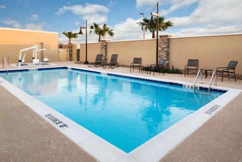 . Hampton Inn & Suites Corpus Christi, TX