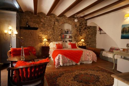 Accommodation in Corçà