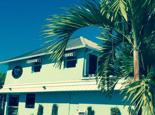 Aqua Beach Two Bedroom Apartment