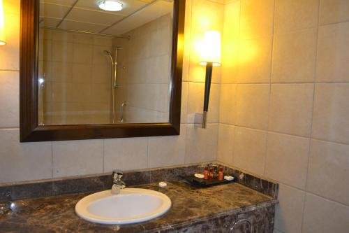 Khalidiya Hotel photo 25
