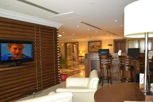 Khalidiya Hotel photo 72