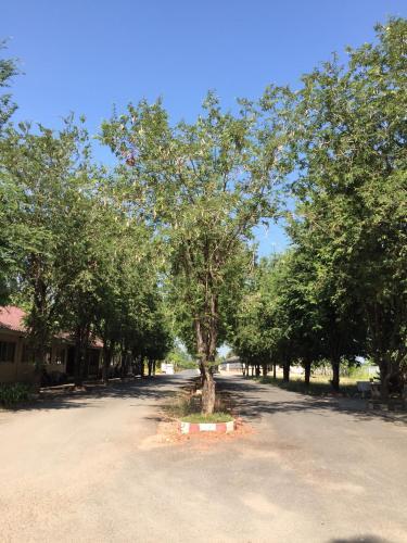 Moo Noi Resort, Muang Phichit