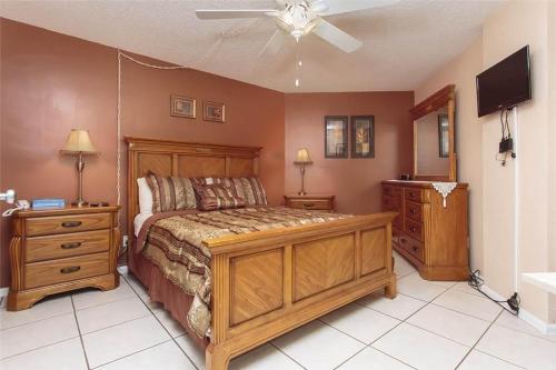 Sunglow Resort 305 - Daytona Beach, FL 32118
