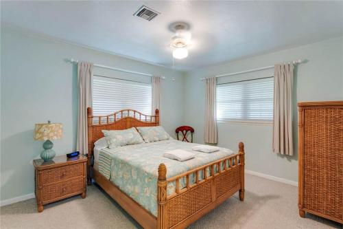 Egret Beach Home - Fort Myers Beach, FL 33931