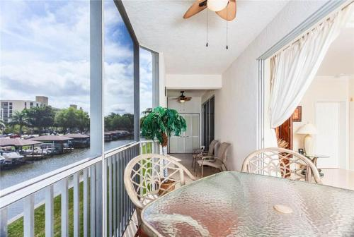 Casa Marina 612-6 - Fort Myers Beach, FL 33931