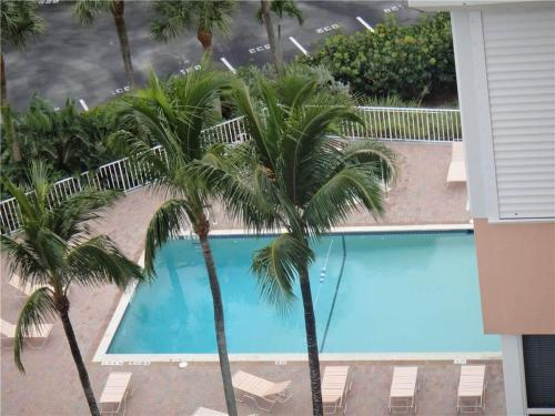 Bermuda Dunes 903 - Fort Myers Beach, FL 33931