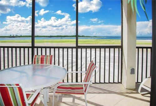 Carlos Pointe 236 - Fort Myers Beach, FL 33931