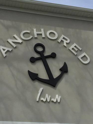 Anchored Inn At Hidden Harbor