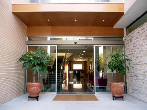 __{offers.Best_flights}__ Hotel Isur Llerena