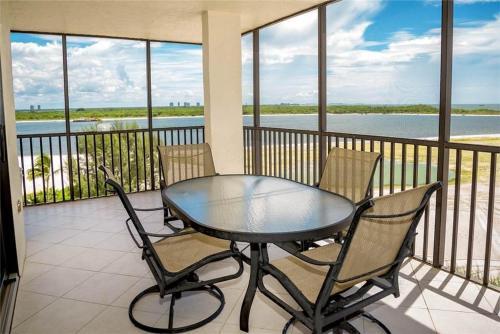 Carlos Pointe 611 - Fort Myers Beach, FL 33931