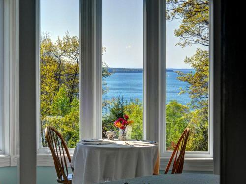 Victorian By The Sea - Lincolnville, ME 04849