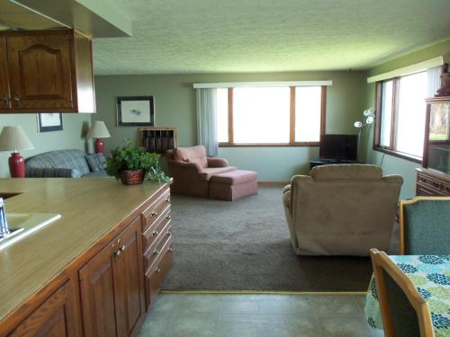 Plantation Motel - Huron, OH 44839