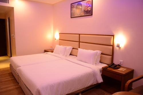 . Kani Residency Hotel