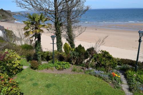 North Beach, Tenby SA70 8AP, Wales.
