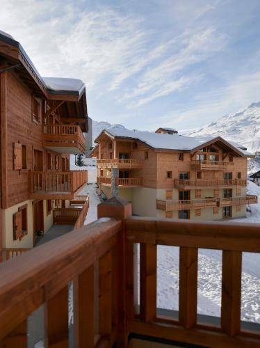 CGH Résidences & Spas Les Clarines - Accommodation - Les Menuires