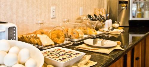 Millwood Inn And Suites - Millbrae, CA 94030