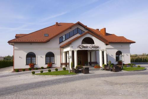 . Hotel Dwór Galicja